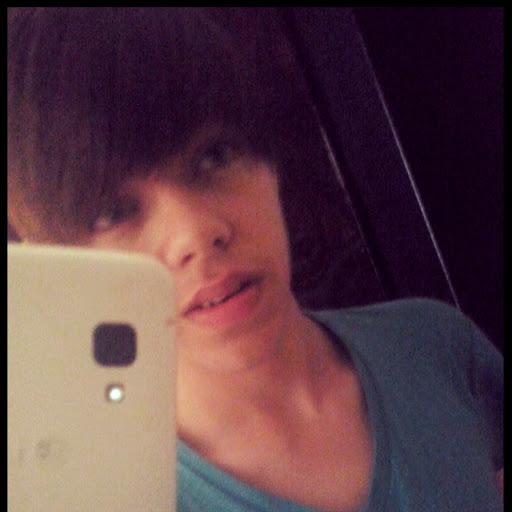 Wesley B Moura