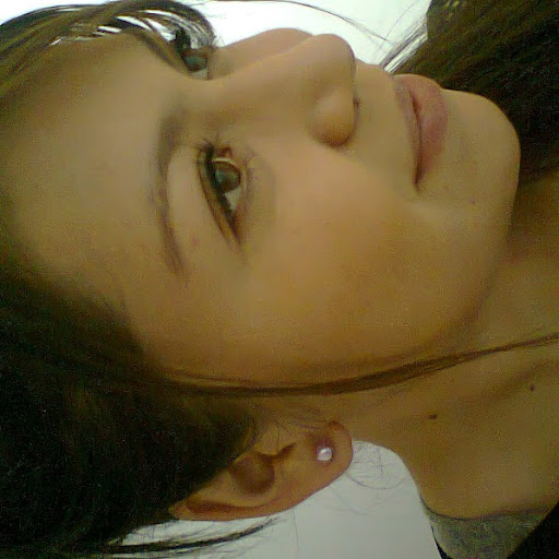 Lina Hurtado Photo 7