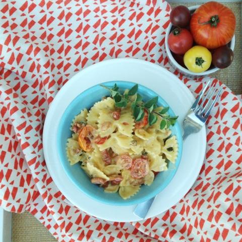 Farfalle with Crispy Pancetta, Heirloom tomatoes and white wine garlic ...