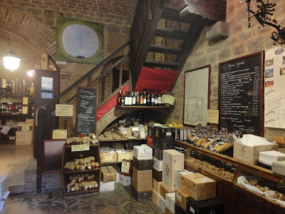 Wine shop in Montalcino's fortress