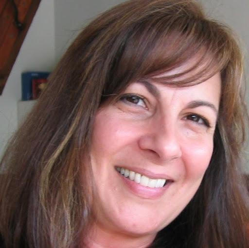 Diane Stoyanovski Photo 3
