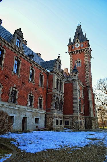 Pławniowice Pałac - Zespół Pałacowo Parkowy w Pławniowicach