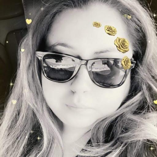 Angelina Maciel Photo 15