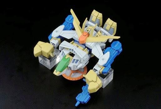 Hi-Nu Gundam Char`s Counter Attack BB-384 SD dễ dàng lắp ráp và mang theo trong giỏ