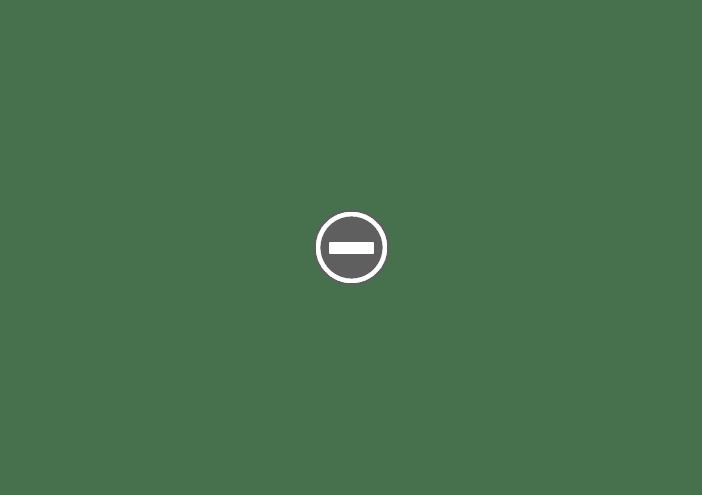 koszyk z czerwonymi jajkami, wilkanoc Grecja
