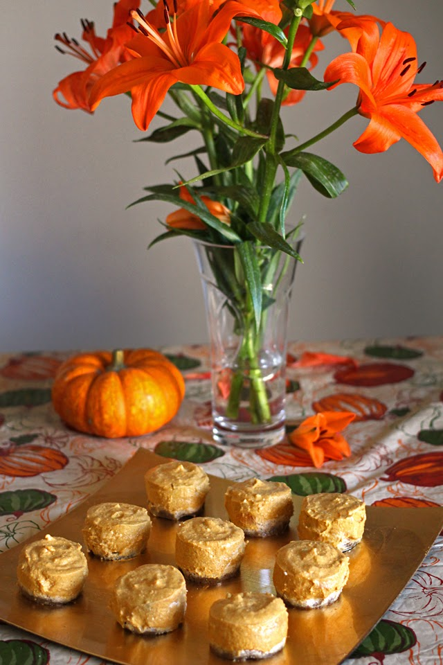 No-bake Vegan Pumpkin Pie Bites from dontmissdairy.com