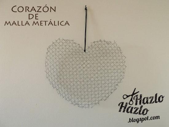 Corazón de rejilla hecho a mano.