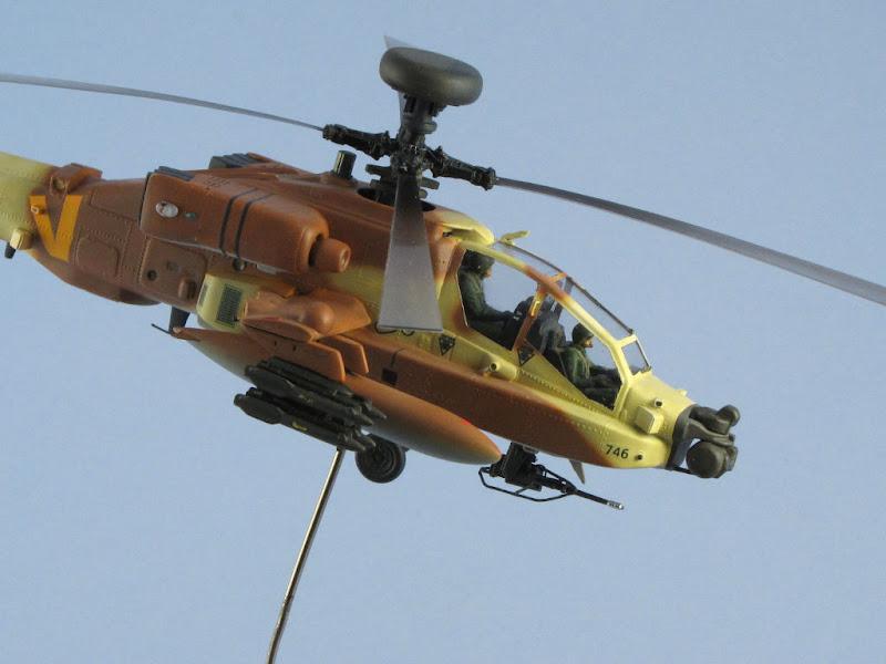 Italeri 1/72 Apache AH-64D