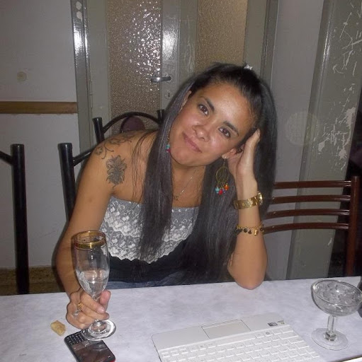 Carolina Arce Photo 10