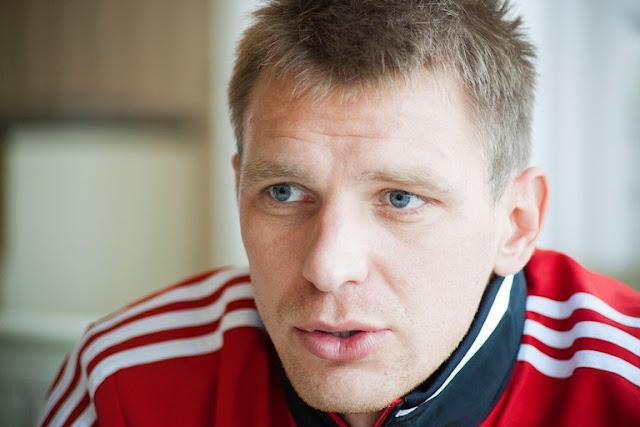 """Тигорев: ни один уважающий себя футболист не скажет: """"Я боюсь Испании"""""""