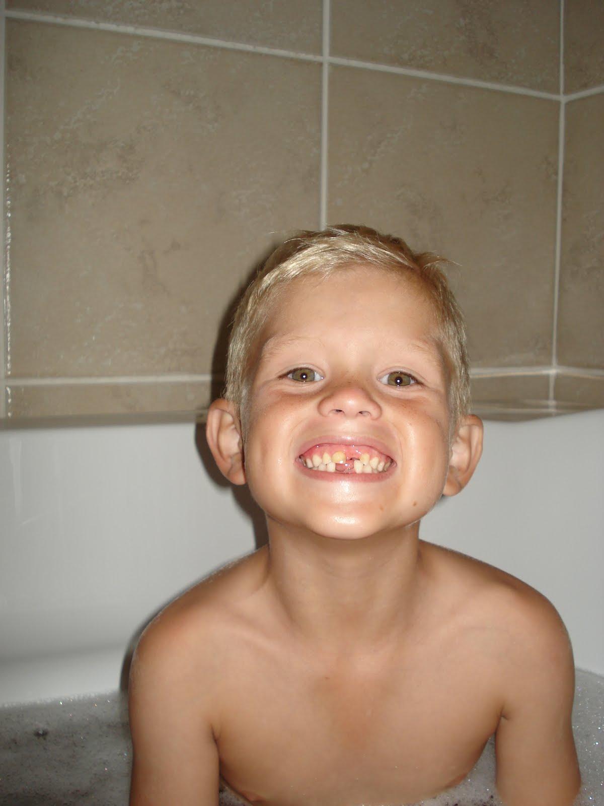 Ralphs Ruckus: Rub-A-Dub-Dub Three Kids in A Tub