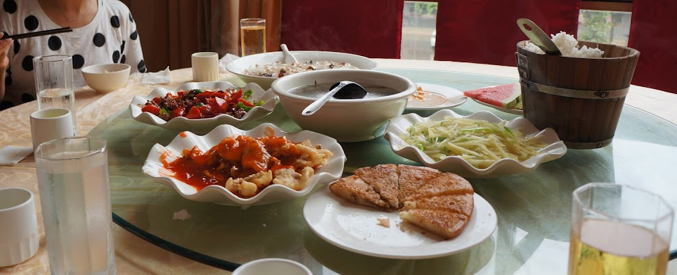 Lunch in Leshan, Sichuan
