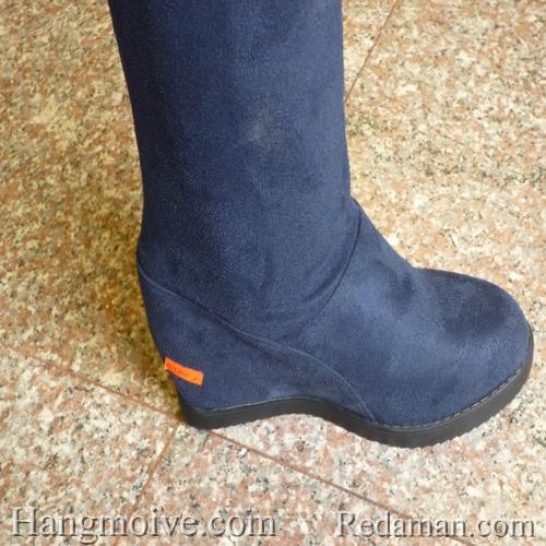 Boots đế xuồng, cao cổ quá đầu gối, chất liệu bằng da lộn, màu xanh 2 - Chỉ với 790.000đ