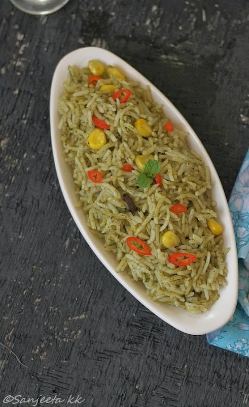 Healthy vegetarian pilaf with green and avocado chutney