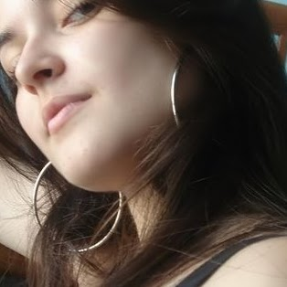 Anisha Ahuja Photo 16