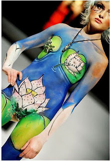Body Painting Pictures in a Fashion Show