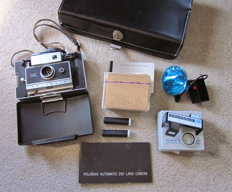 Polaroid Land 250 with all its accessories