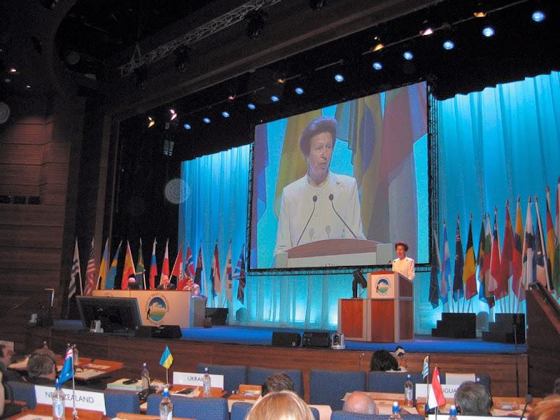 제29차 남극조약협의당사국 회의에서 축사하고 있는 앤공주