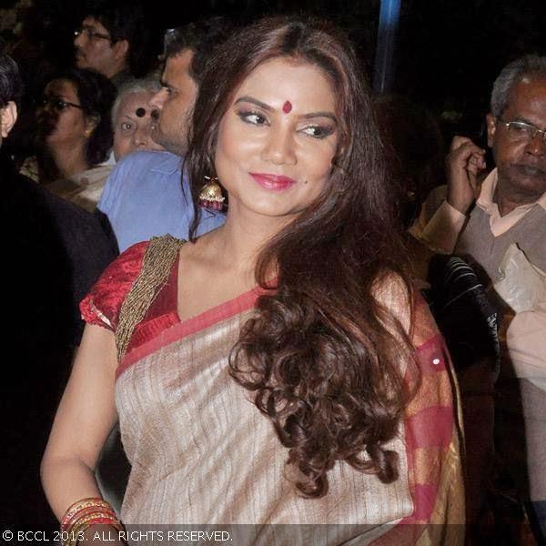 Dolon Roy Bengali Actress very hot and sexy stills