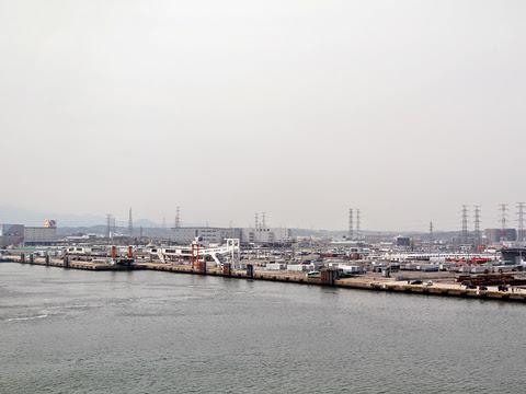 太平洋フェリー「いしかり」 仙台港出港 その2