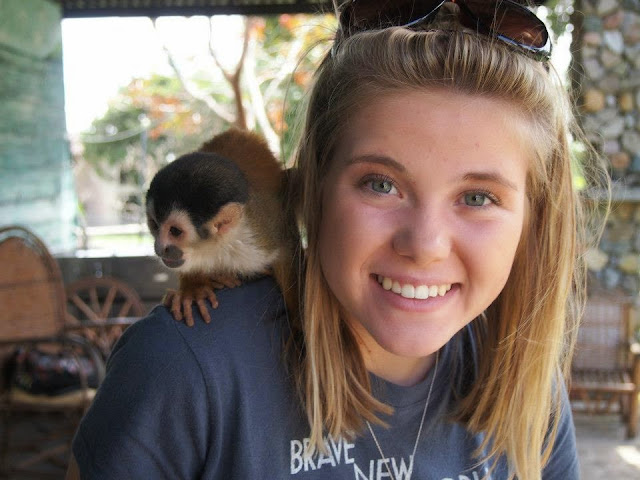 A Girl Abroad: Shelby Lewis