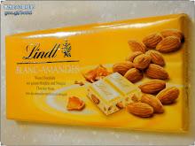 杏仁口味的瑞士蓮白巧克力