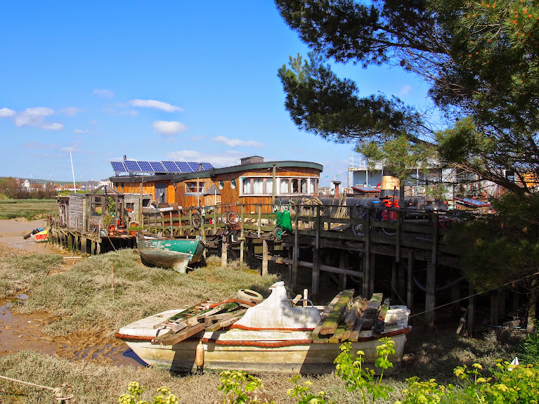 shoreham house boats 3