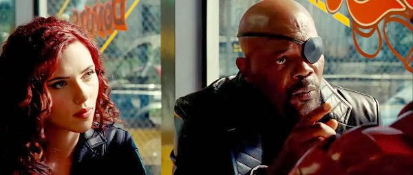 Screen Shot Of Hollywood Movie Iron Man 2 (2010) In Hindi English Full Movie Free Download And Watch Online at Alldownloads4u.Com