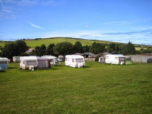 Campsites Near Harlyn Beach