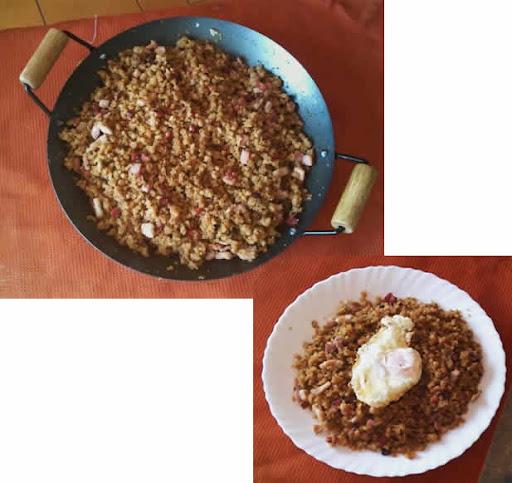 Migas con bacón, chorizo, jamón y huevo frito en Migas con chorizo