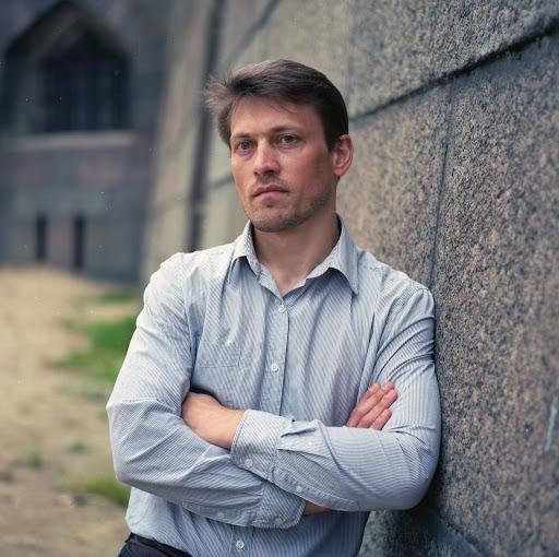 Иван Лазаренко review