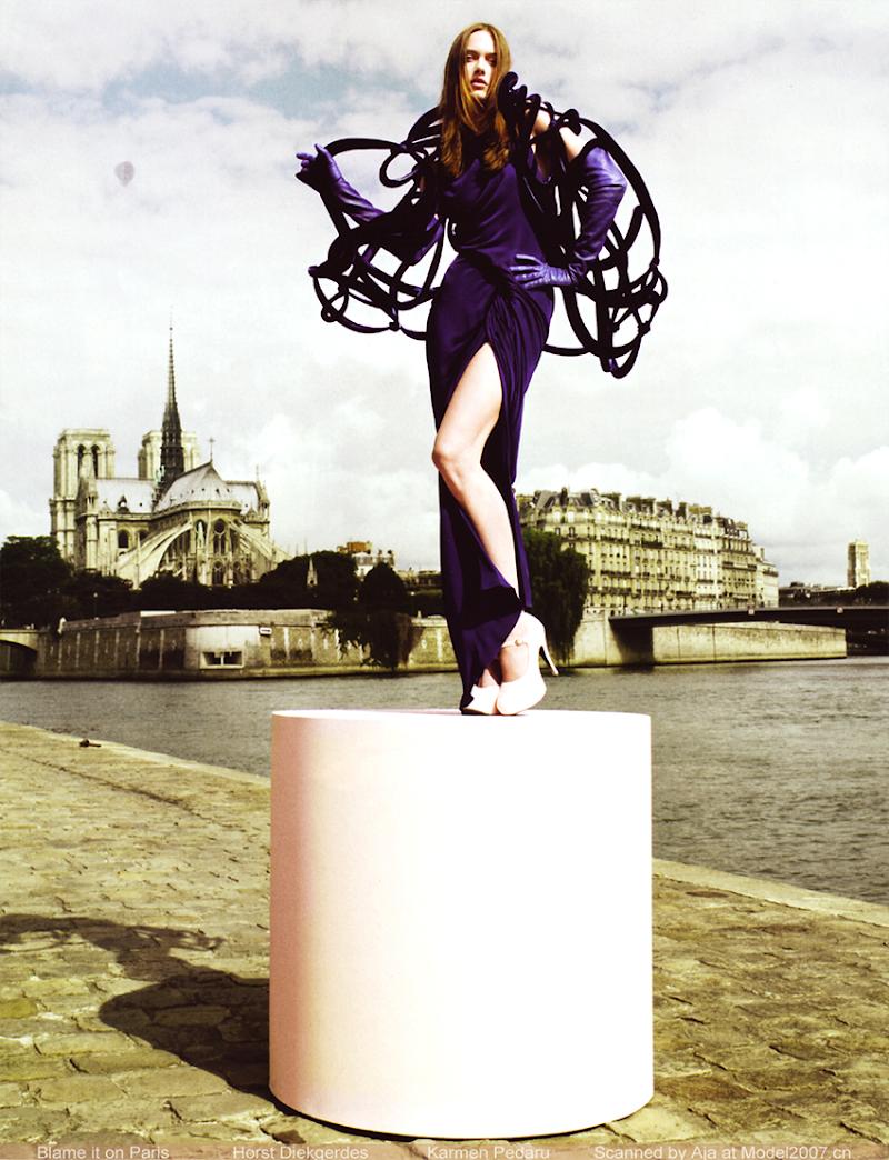Supremacy: Top 50 Models - Página 21 VogueCH_October2008_BlameItOnParis_01