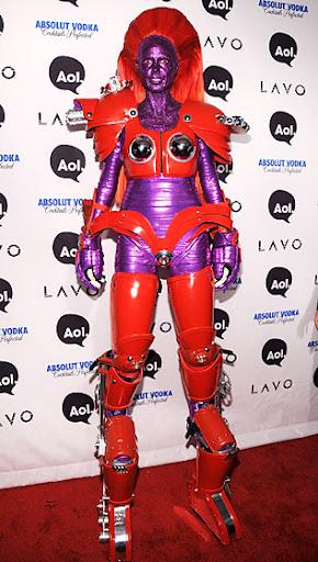Наряды модели Хайди Клум на Halloween