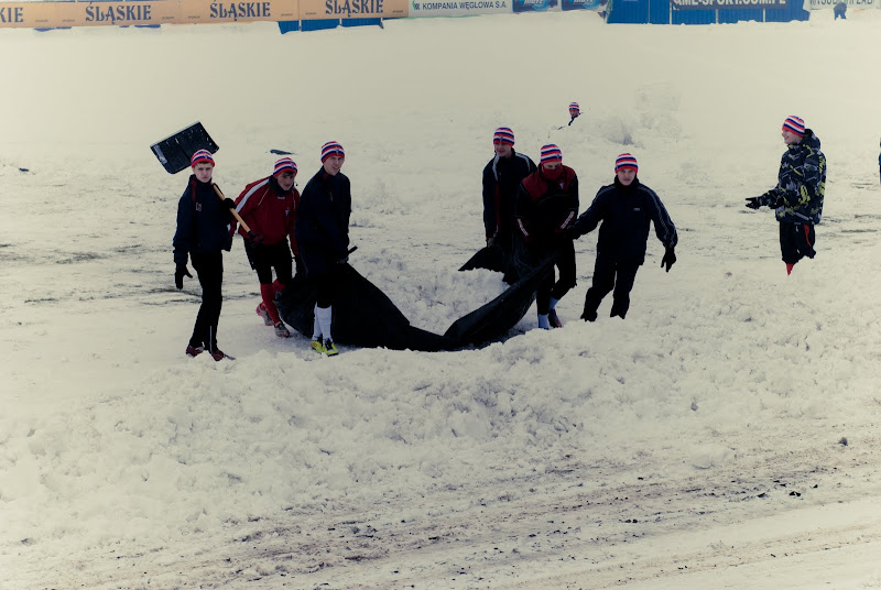 śnieg przy Roosevelta na Górniku Zabrze..