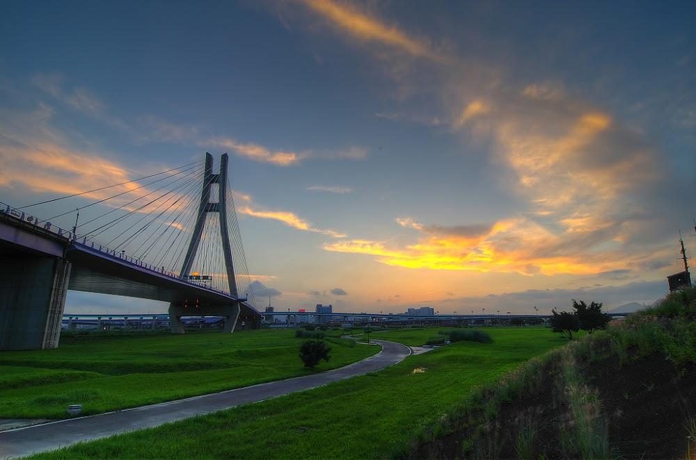 新北橋.日落雲彩.夜色!!!