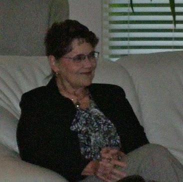 Donna Starkey Photo 12