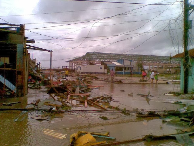 Photos-Caused-by-Typhoon-Yolanda-Haiyan-11-16-2013-18
