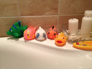 badleksaker fiskar