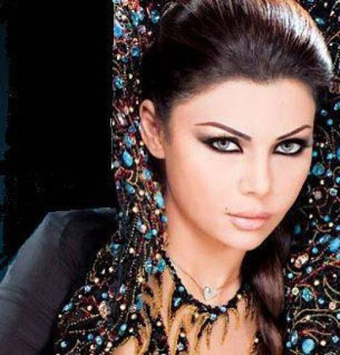 Arab Model Haifaa Wehbe face