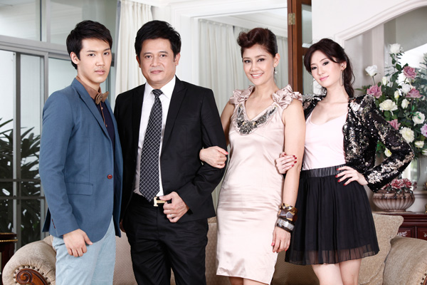 Phim Lốc Xoáy Tinh Yêu - Loc Xoay Tinh Yeu - Wallpaper