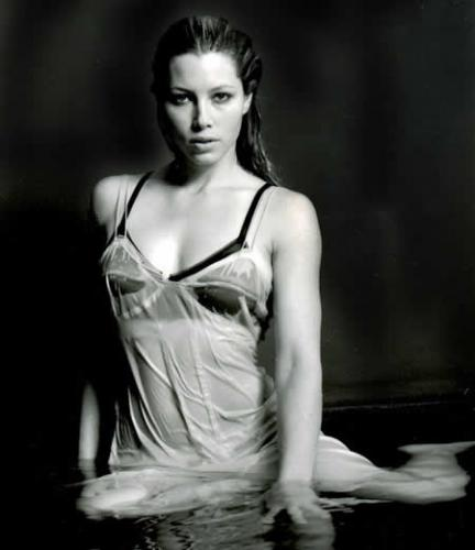 Jessica Biel 2(8photos)  #picasa:picasa,girls magazine
