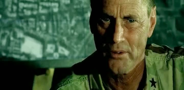 Screen Shot Of Hollywood Movie Black Hawk Down (2001) In Hindi English Full Movie Free Download And Watch Online at alldownloads4u.com