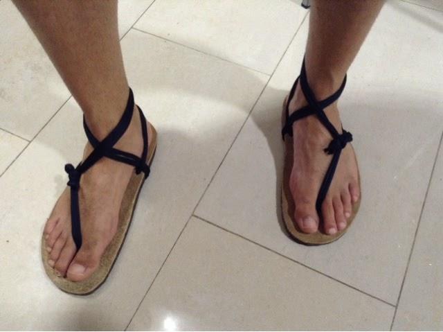 babbc99f9e42 Hay que tener en cuenta que este tipo de suela se va adaptando al pie y  llega a ser anatómica. La forma la adquiere con el uso