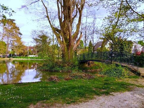 Lac de Verrières - Balade à vélo de Verrières à Bourg la Reine par veloiledefrance.com