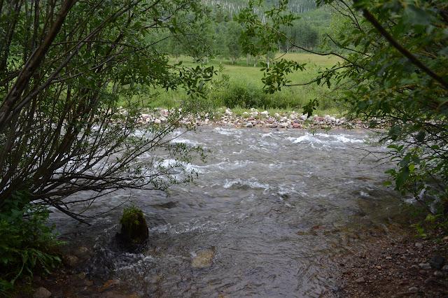 no bridge across Snowmass Creek