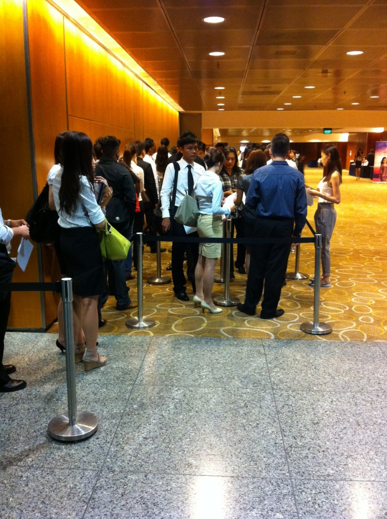 what to wear for singapore airlines interview