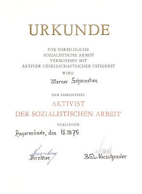 088c Aktivist der sozialistischen Arbeit www.ddrmedailles.nl