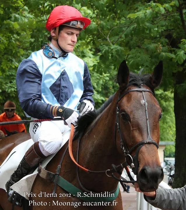 Jockeys' attitudes Vivian%2520Royale%25205