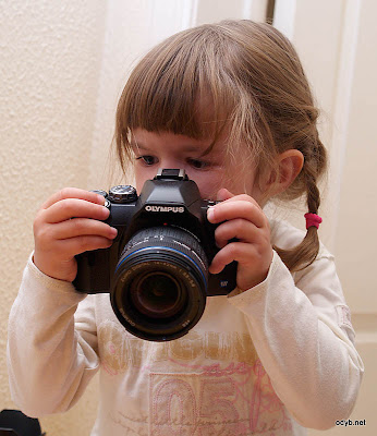 little girl dslr