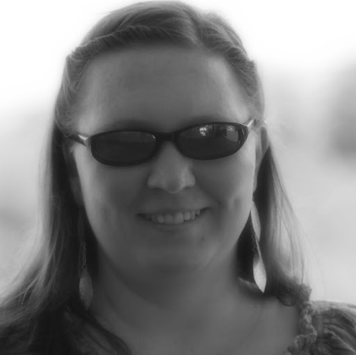Rebecca Summers Photo 22